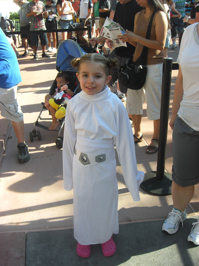 Star Wars Weekends Little Leia