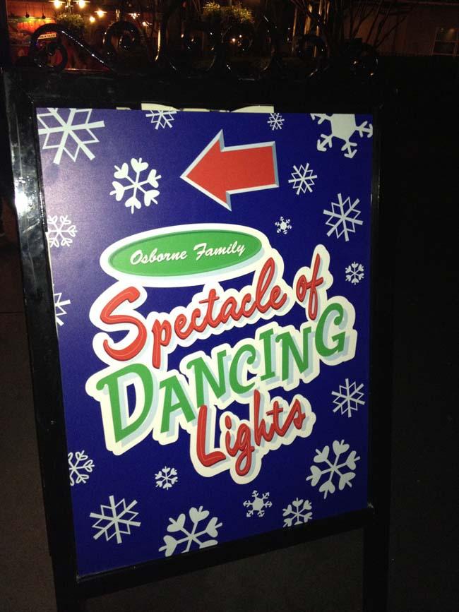 Osborne Dancing Lights 23